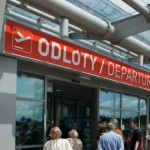 Как приехать  с Центра Варшавы в  аэропорт Модлин